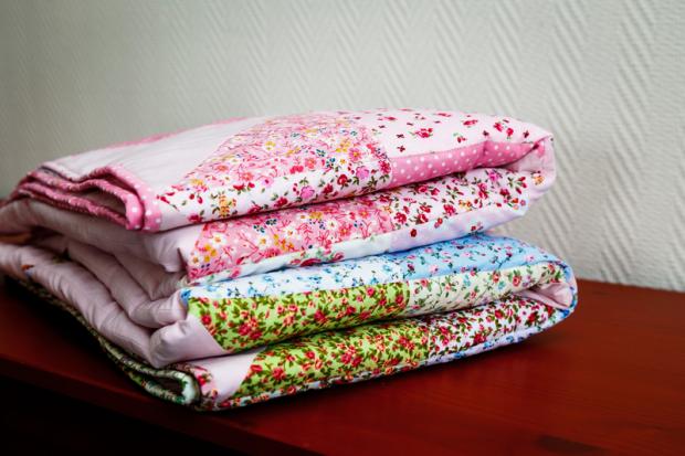 couvertures bebe patchwork tissu fleuri