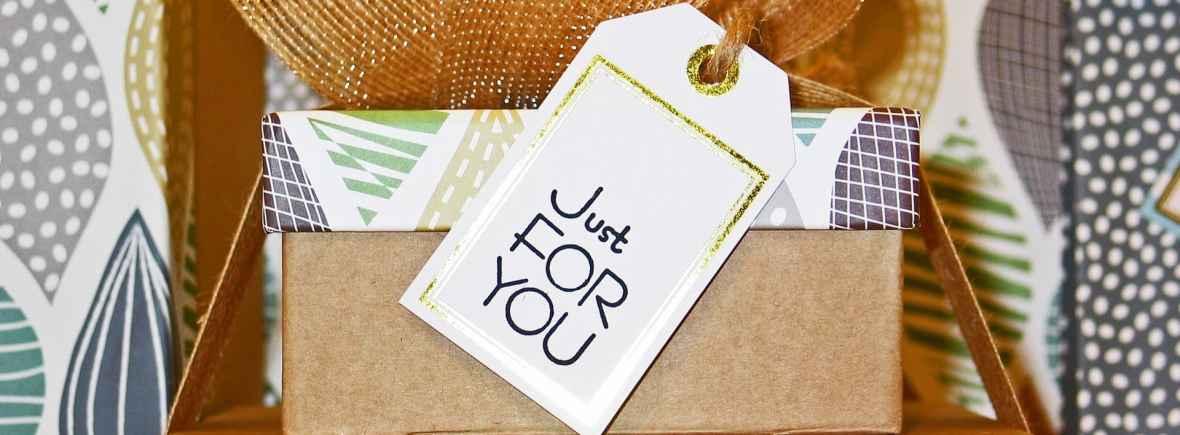 Faites plaisir à quelqu'un qui vous est cher - offrez un cours de couture ou un bon cadeau